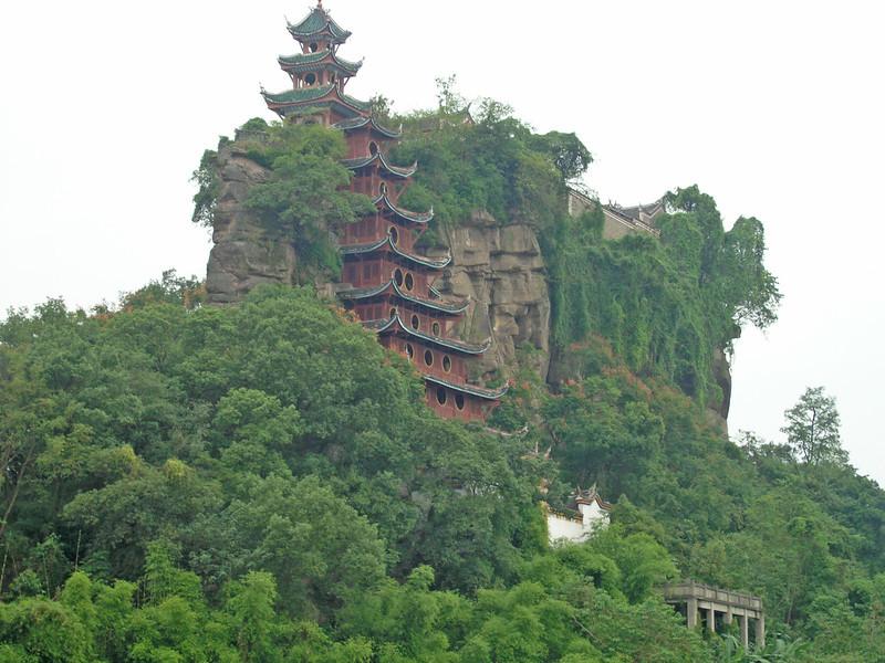 Shi Baozhai temple, Yangtze River