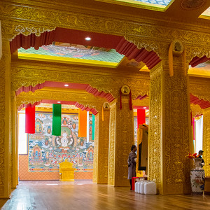 Inside the base of the big Buddha, all done in gold leaf.