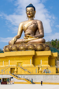 The world's largest seated Buddha