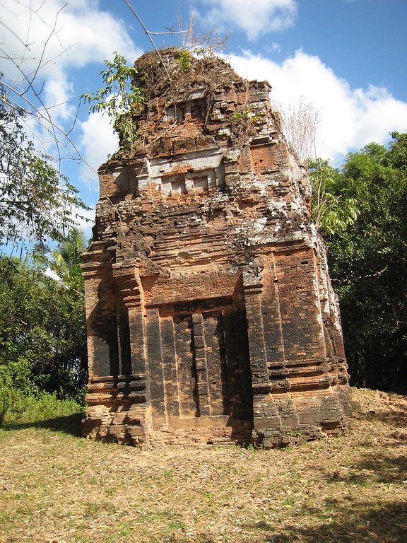 Prasat Leak Neang (Angkor Wat Temple Complex)