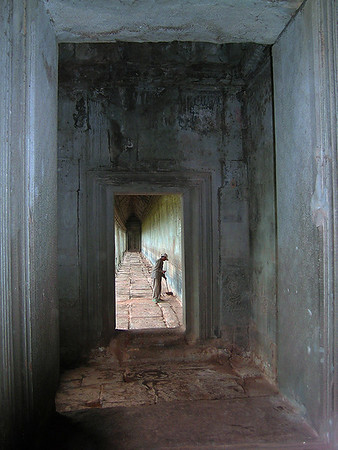 Angkor Wat - Cleaning Man