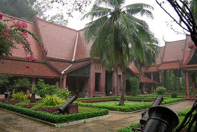 Phnom Penh - Courtyard Rain