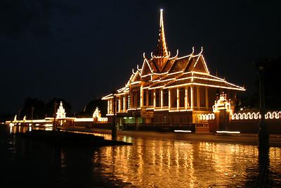 Phnom Penh - Royal Palace Entrance by Night