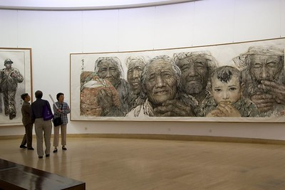 Beijing Museum was filled with very large scale works, largely realistic