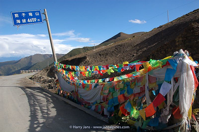 top Jianzikou pass (scissors pass) 4659m