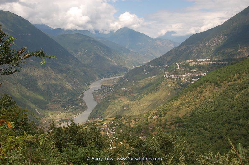 Leshan --> Moxi (near Gongga Shan)