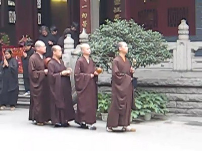 temple_monks