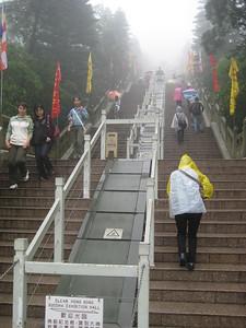 stairs_buddha_02