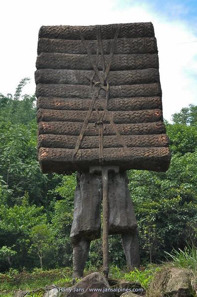 monument brick tea porters near Ya'an