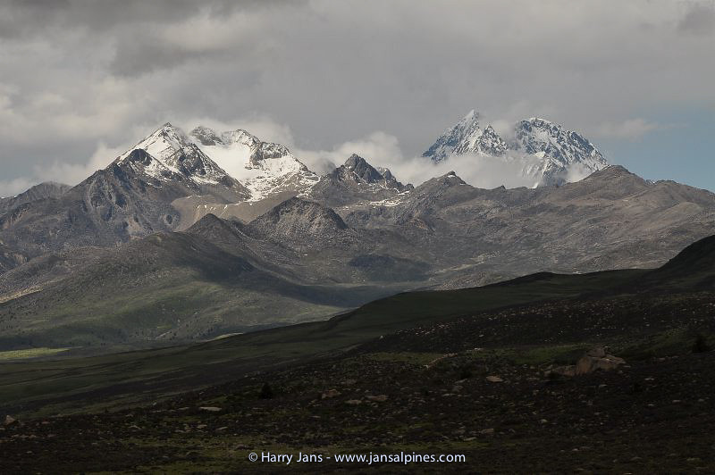 view Yala Mountain