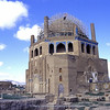 Gonbad-é-Soltaniyeh mausoleum (height 48m - dia. 25m)