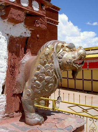 The Potala, lion of the snows, a mythical Tibetan symbol