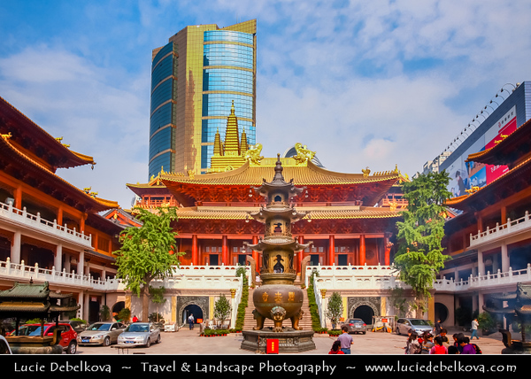 Asia - China - Chinese Eastern Coast - Shanghai - 上海 - Shànghǎi - Global financial center - Jade Buddha Temple - City Iconic Buddhist temple & one of the most famous Buddha religious temples
