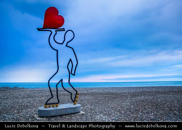 Georgia - Batumi - ბათუმი - Seaside city on the Black Sea coast & capital of Adjara (autonomous republic in southwest Georgia) - Pebbles beach with modern statue