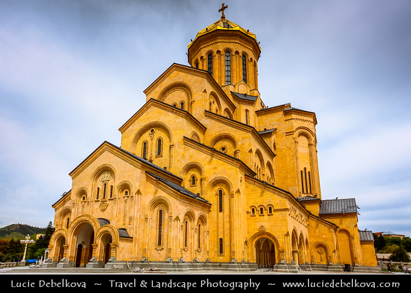 Georgia - Tbilisi - თბილისი - Capital City - Tsminda Sameba (Holy Trinity) Cathedral - High on Elia Hill above Avlabari rises the biggest symbol of Georgia's post-Soviet religious revival - An unmissable landmark by night and day