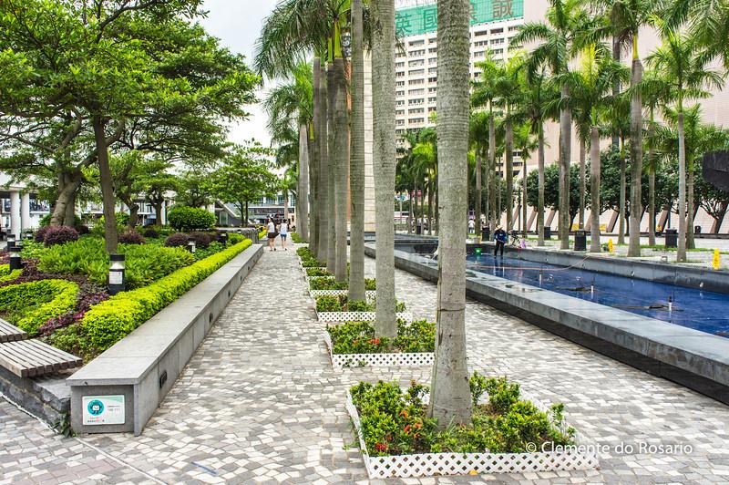 Gardens of Museum of Art, Hong Kong<br /> File Ref:2012-06-25-Hong Kong 021