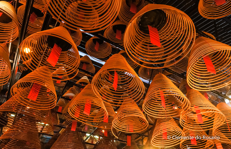 Curling Incense coils hanging from the ceiling in Man Mo Temple, Hong Kong<br /> File Ref:2012-06-25-Hong Kong 065