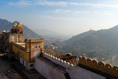 Jaipur city from the Fort. Lookout towers can be seen on the hillsides