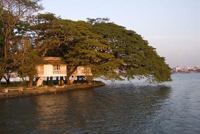 Hotel in Cochin Harbor