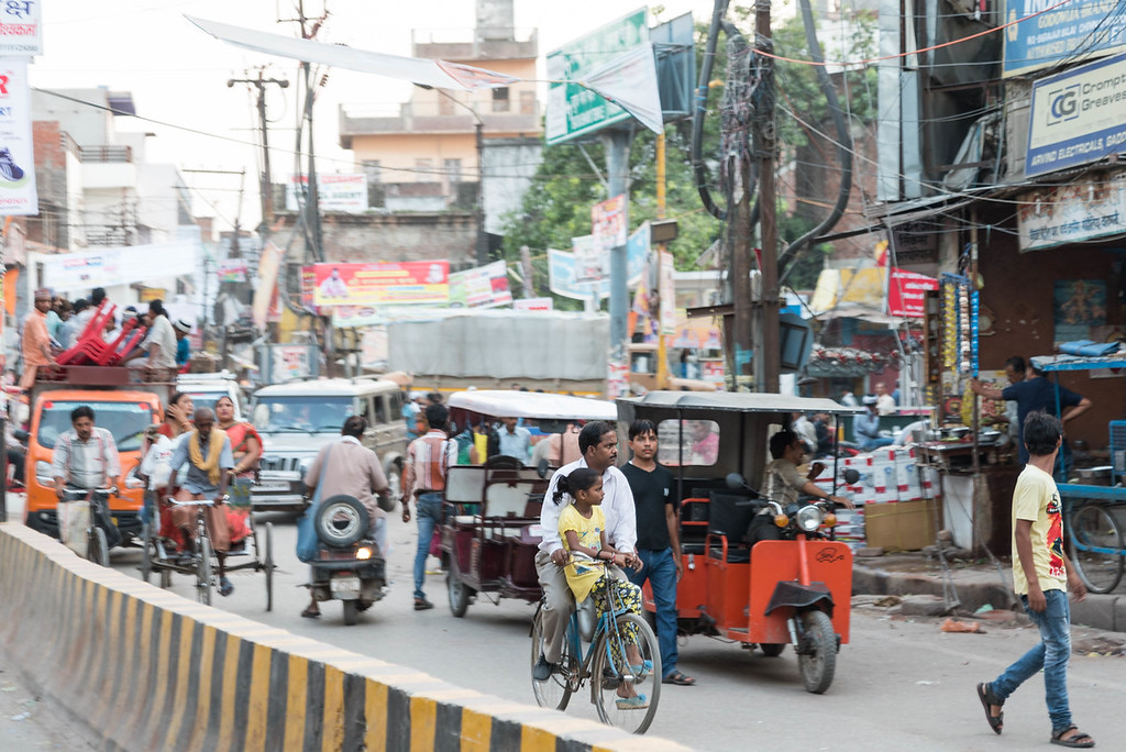 Cycle Rickshaw Ride Into Varanasi's Historic Center