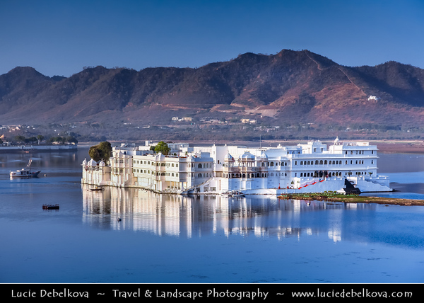 India - Rajasthan - Udaipur - City of Lakes - Cityscape around LIndia - Rajasthan - Udaipur - City of Lakes - Cityscape around Lake Pichola - Historical area with glorious history, culture & scenic locations