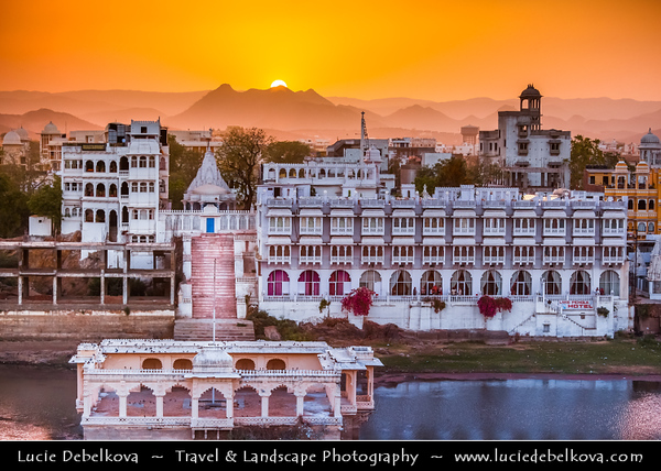 India - Rajasthan - Udaipur - City of Lakes - Cityscape around Lake Pichola - Historical area with glorious history, culture & scenic locations - Sunset