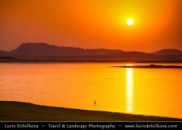 India - Madhya Pradesh State - Khajuraho - Benisagar Dam - Majestic dam located on outskirts of Khajuraho city
