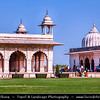 India - Delhi - Old Delhi - Purani Dilli - Walled city - UNESCO World Heritage Site - Delhi Red Fort Complex- Lal Qila - Palace fort built in the 17th century - Once location of mansions of nobles & members of the royal court, along with elegant mosques and gardens