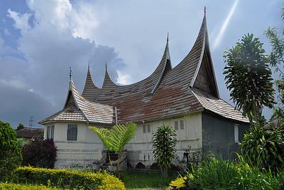 Lake Maninjau - Sumatran Rooftop