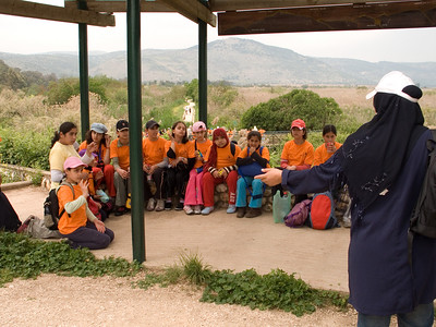 Isreali Palestinian school children on a field trip to the Hula Valley Nature Reserve