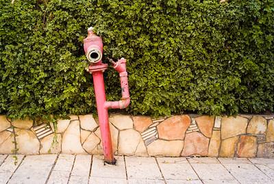 Suicidal hydrant
