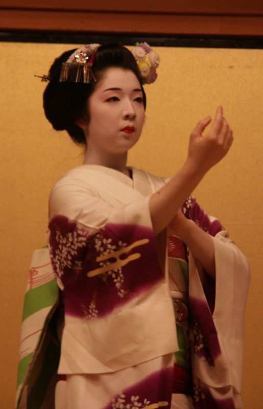 Mai dance performed by Maiko. Dance started in Western part of Japan.