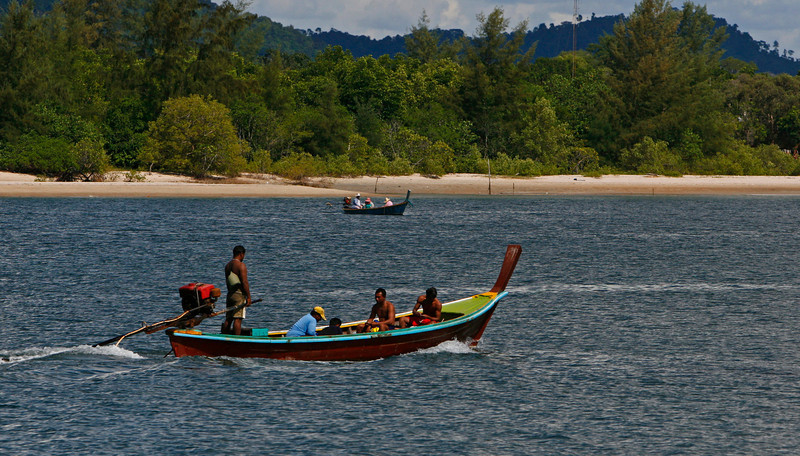 Kho lanta is our destination and these local fishermen are returning to Saladan the main city port.