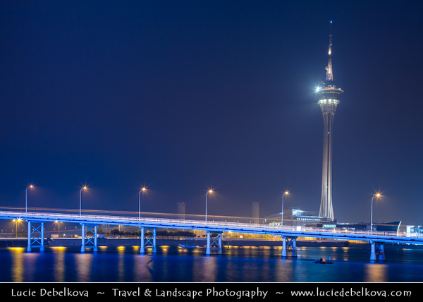 Macau - Macao - 澳門 - 澳门 - SAR - Special administrative region of China - Macau Tower at Dusk