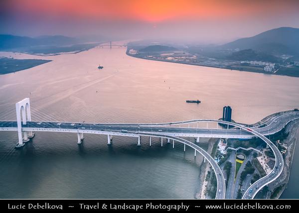 Macau - Macao - 澳門 - 澳门 - SAR - Special administrative region of China - City Skyline View from Macau Tower - 澳門旅遊塔 - Torre Panorâmica - Macau Sky Tower