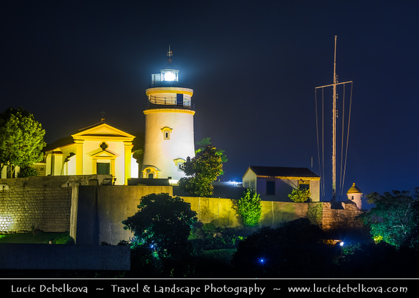 Macau - Macao - 澳門 - 澳门 - SAR - Special administrative region of China - Traditional Portuguese Lighthouse at Dawn