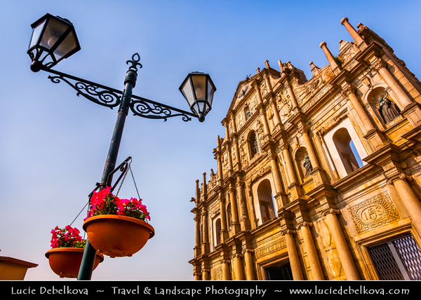 Macau - Macao - 澳門 - 澳门 - SAR - Special administrative region of China - Sao Paulo - The famous facade of St Pauls Church is the symbol of Macau in China