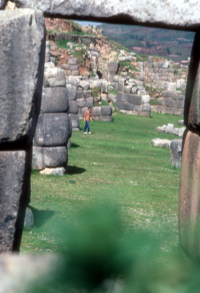 It is difficult to imagine how them moved such large stones with out the wheel.