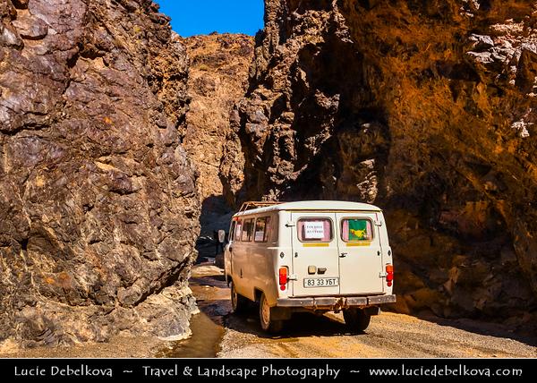 Asia - Mongolia - Монгол улс - Land of Vast Steppes & Kind Nomads - Gobi Gurvansaikhan National Park - Говь гурван сайхан байгалийн цогцолбор газар - Area around Yolyn Am - Yoliin Am - Ёлын Ам - Lammergeier Valley - Deep narrow gorge in Gurvan Saikhan Mountains of southern Mongolia