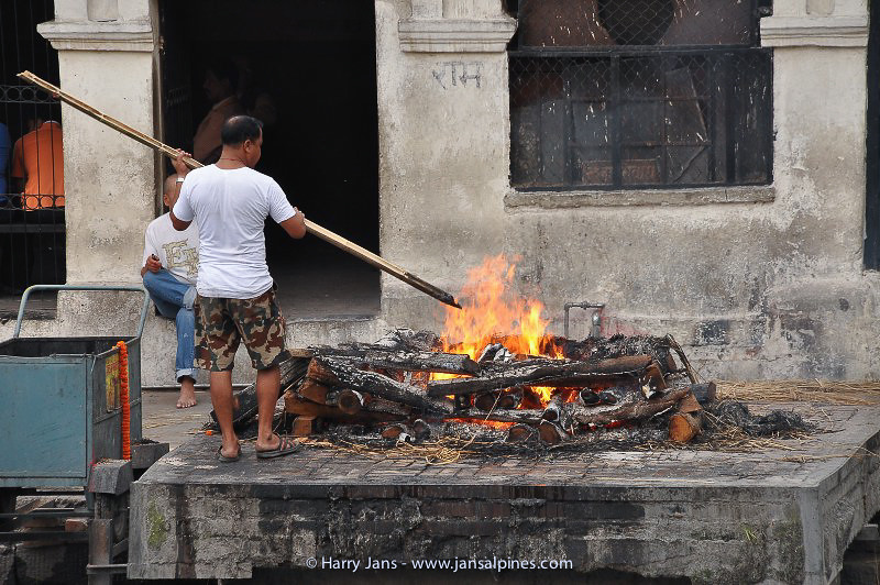 cremation ceremony along the holy Bagmati River at Pashupatinath Temple