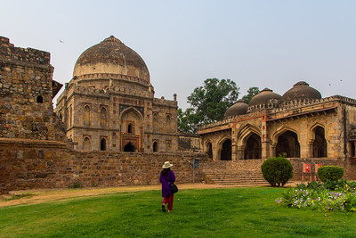 Bara Gumbad and Mosque, Lodi Gardens