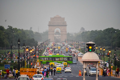 Looking down Rajpath toward the India Gate.