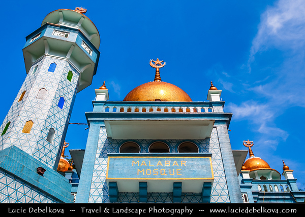 Singapore - Muslim Part of the city - Malabar Mosque - Masjid Malabar - Malabar Muslim Jama-Ath Mosque - Golden Dome Mosque