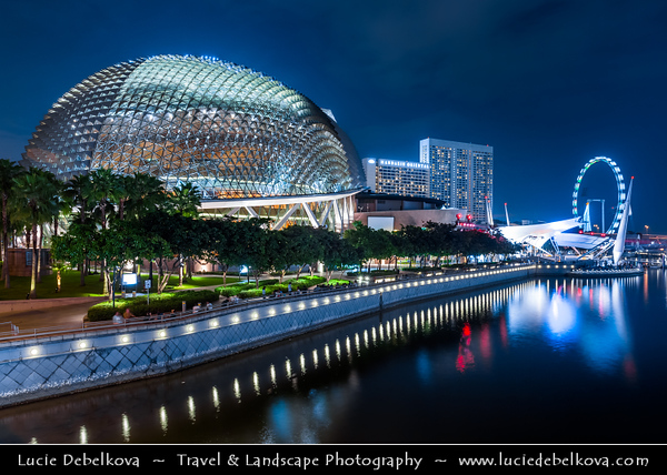 Singapore - Marina Bay - Esplanade – Theatres on the Bay - Waterside building located on six hectares of waterfront land alongside Marina Bay near the mouth of the Singapore River, purpose-built to be the centre for performing arts for the island nation of Singapore