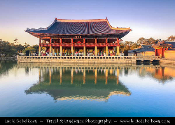 Asia - South Korea - Seoul - Gyeongbokgung Palace - Gyeongbok Palace - Main and largest royal palace of the Joseon dynasty built in 1395 - Gyeonghuilu palace surrounded by lake