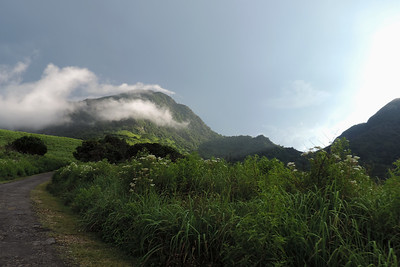 Knuckles Range - Clouds Forming...