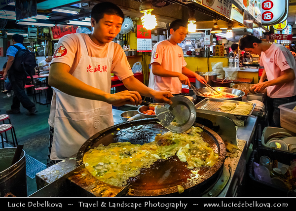 Asia - Taiwan - Republic of China (ROC) - Taipei City - 臺北市 - 台北市 - Capital City - Shilin Night Market - 士林夜市 - Largest & most famous night market in Taipei - Full of people from 6pm to midnight selling mainly food & clothes