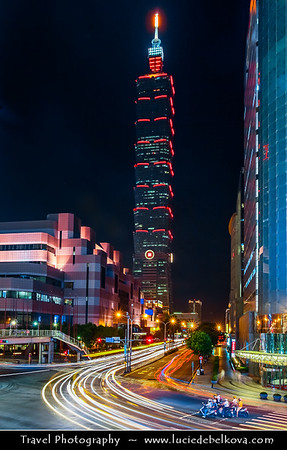 Asia - Taiwan - Republic of China (ROC) - Taipei City - 臺北市 - 台北市 - Capital City - Taipei 101 - Taipei World Financial Center - Landmark skyscraper located in Xinyi District at night
