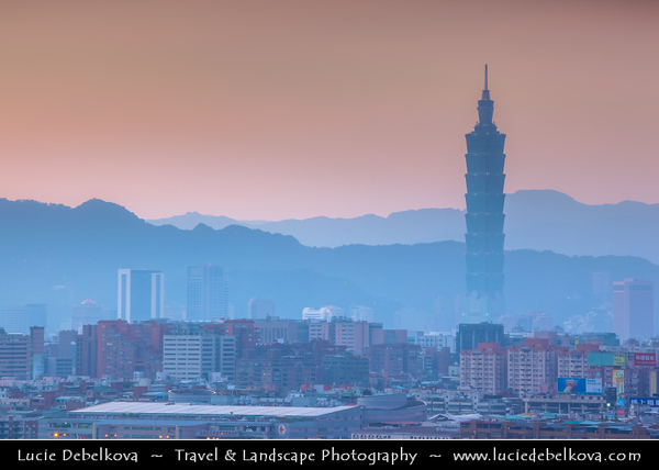 Asia - Taiwan - Republic of China (ROC) - Taipei City - 臺北市 - 台北市 - Capital City - Early Morning over Modern Skyline & Tamsui River - Taipei 101 - Taipei World Financial Center - Landmark skyscraper located in Xinyi District
