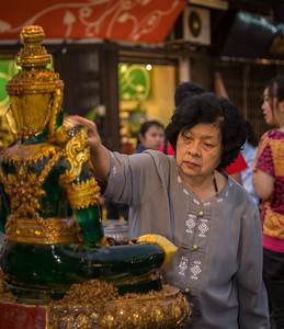 Annointing the Jade Buddha
